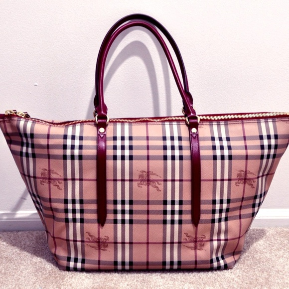 34c250db9095 Burberry Handbags - Authentic Burberry Haymarket Medium Salisbury Tote